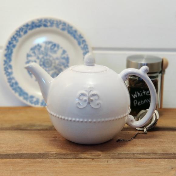 Anthropologie Grace Fleur De Lys Tea Pot